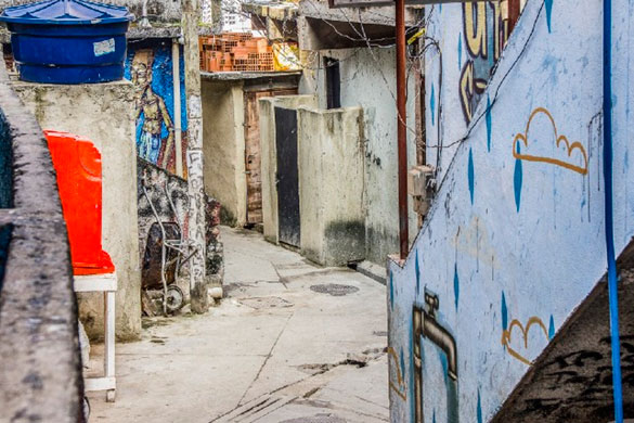 Lessons from African slums: How to include informal settlements in COVID-19 response and recovery efforts?